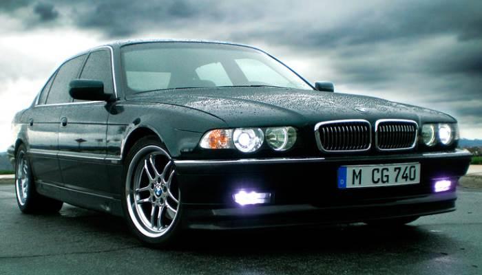BMW-7-E38-foto