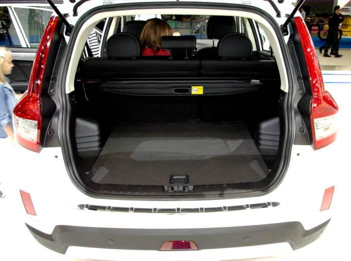 bagaznik-Geely Emgrand X7