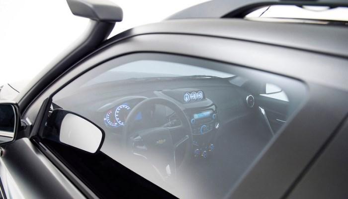 Chevrolet-NIVA-2017-foto-salona