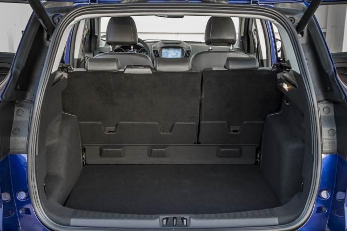 bagaznik-Ford Kuga 2017