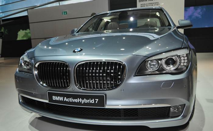 bmw-activehybrid-7