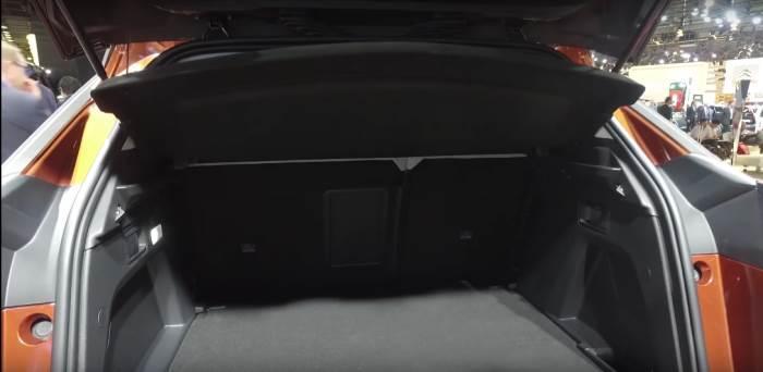 foto-bagaznika-Peugeot 3008 2017