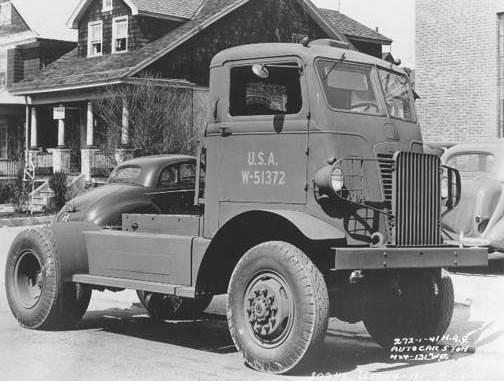 Autocar Model U4144T