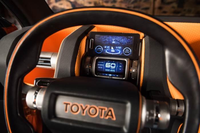 foto-salona-Toyota FT-4X-2018