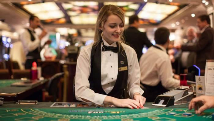 diler-casino-sochi-foto