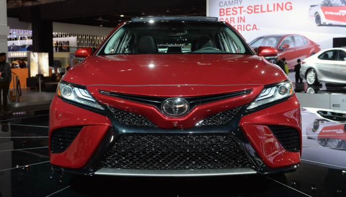 new-2018-toyota-camry-foto