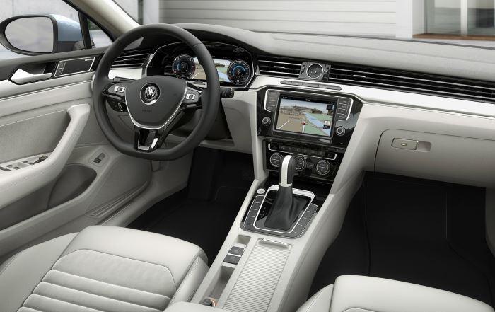 Volkswagen Passat-2019 (6)