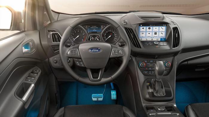 Ford Kuga-2019 (5)