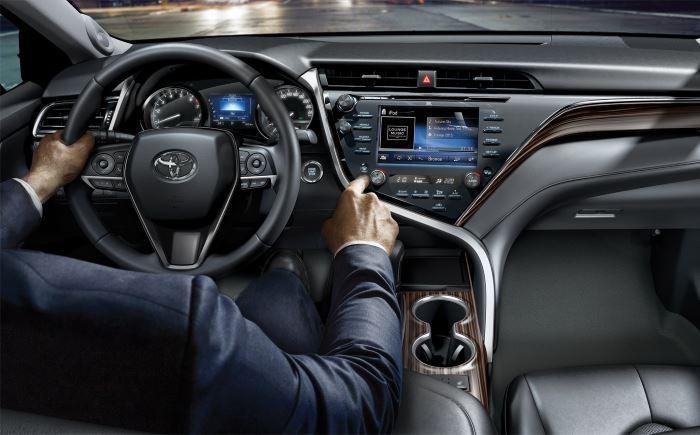 Toyota Camry-2019 (7)
