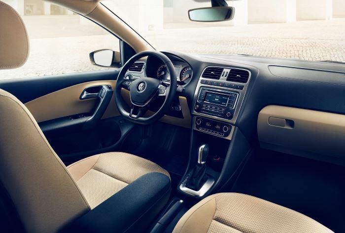 Volkswagen Polo Sedan-2019 (5)
