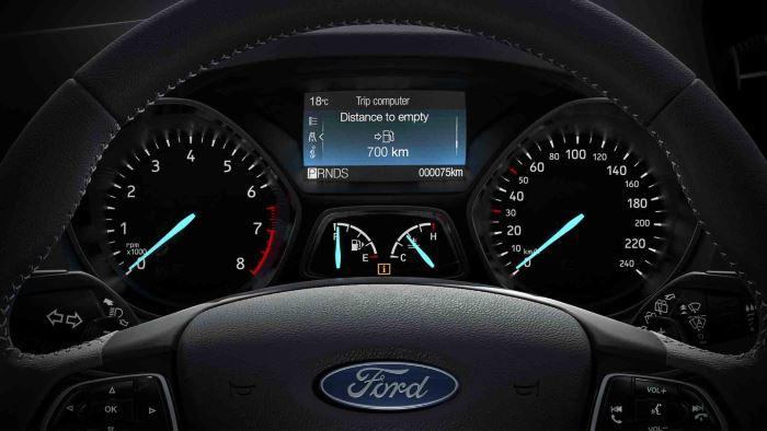 Ford Kuga-2019 (6)
