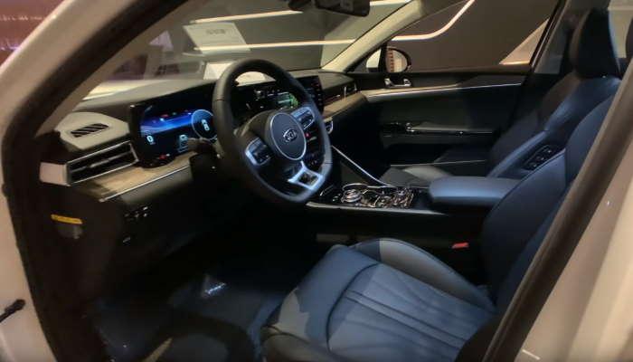 Фото салона Киа Оптима в новом кузове
